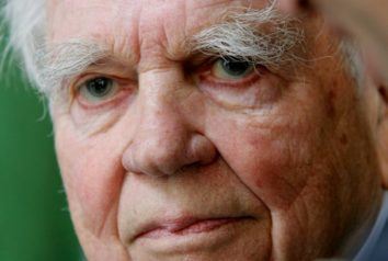 """Andy Rooney says """"Stop using me for your political B.S."""""""